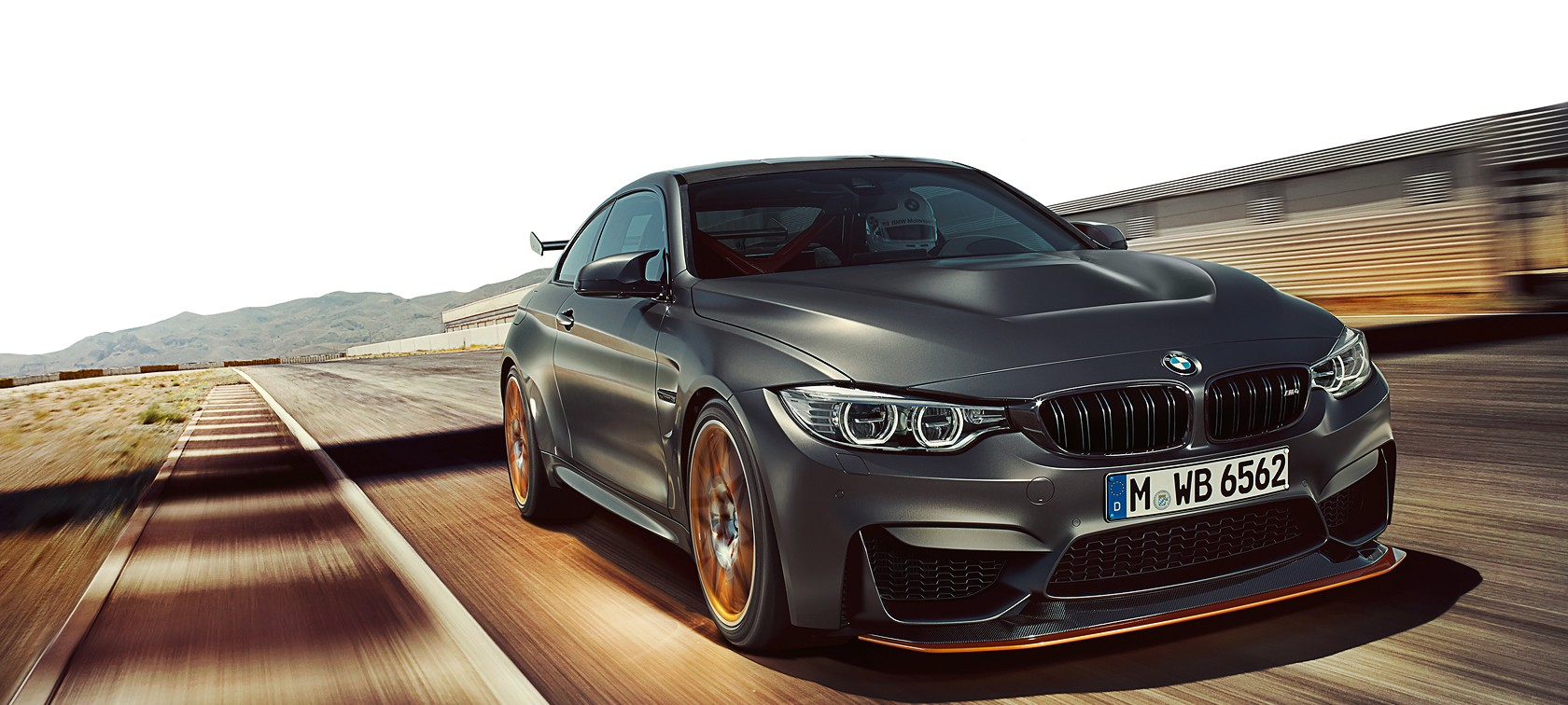 360 view of the bmw m4 gts